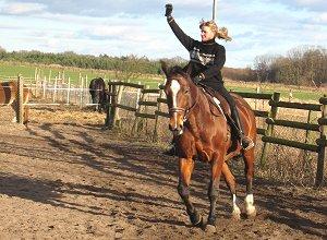 Erlernen neuer Bewegungsabläufe auf dem Pferd